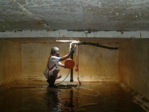Thau rửa bể chứa nước ngầm tại Hà Nội